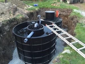 Avlopp från Cleawater, detta system är det senaste och låter vattenväxter jobba som en infiltration.